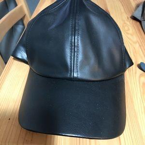 Wilfred Free Decker Hat